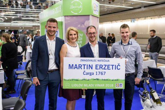 Že šesto leto zapored pa Lidl Slovenija spodbuja tudi mlade, nadobudne vinarje na slovenskih fakultetah, da pridelajo svoje prvo mlado vino.